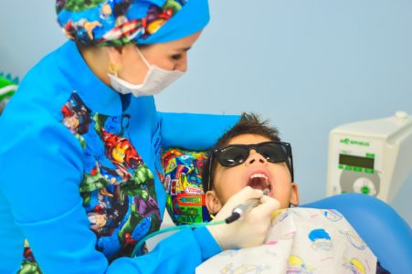 Child at the dentist - safeguarding